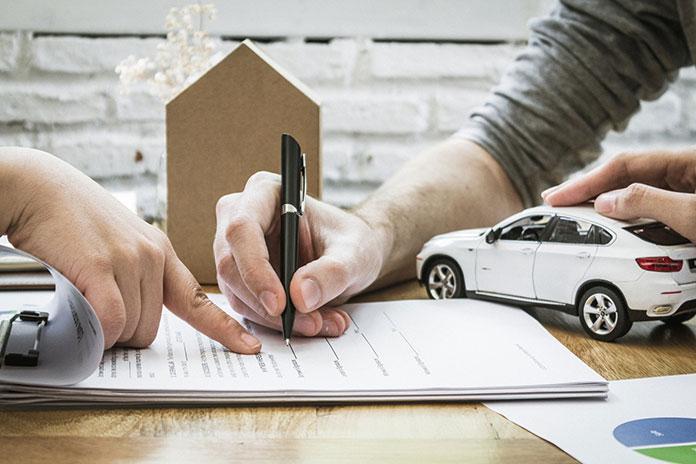 sprzedaż samochodu osobowego